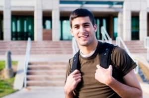 crop380w_istock_000005882583college_student